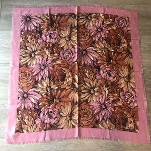 Oscar De La Renta scarf wool vintage floral